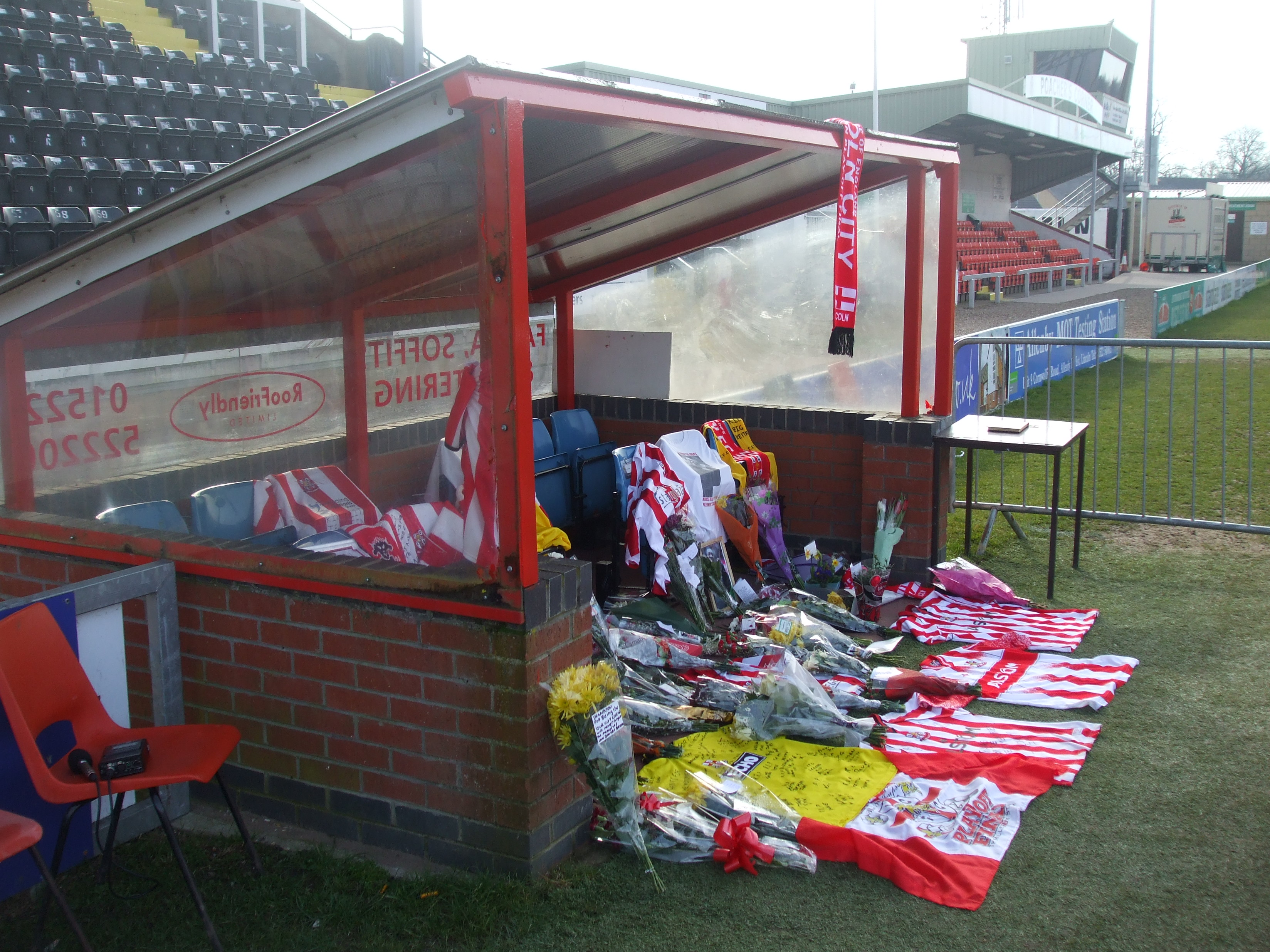 Courtesy of: Dan Gallagher Fans have been paying their respects to former Lincoln City manager Keith […]